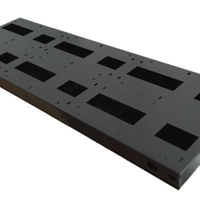 Кутия с капак за външен монтаж за 960 x 320 мм LED панел P10